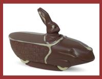 Bio-Schokoladenfigur Hase im Korbauto